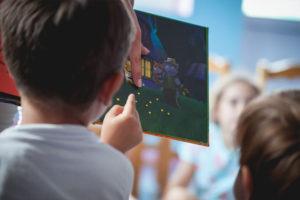 Διαβάζοντας παραμύθι στην τάξη, Προνήπιο - Νήπιο